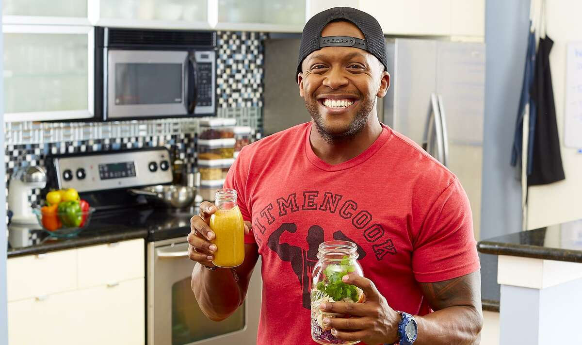 """Instagram famous Kevin Curry has published """"Fit Men Cook: 100+ Meal Prep Recipes for Men and Women."""""""