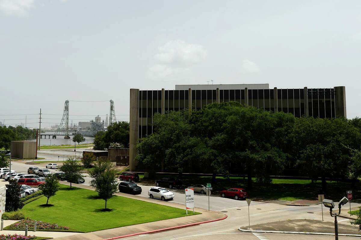 The City of Beaumont is planning to buy the AT&T Building on Main Street with plans to demolish it. The prime location near the Neches River would be subdivided for other development, such as restaurants. Photo taken Monday 7/16/18 Ryan Pelham/The Enterprise