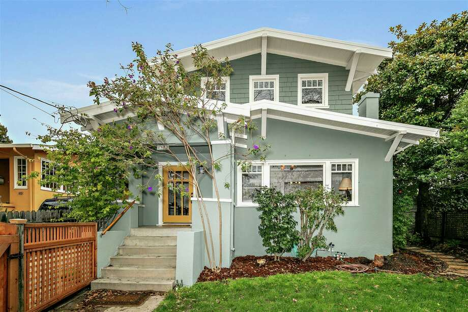 A pretty Berkeley Craftsman bungalow asking less than a million is sure to make the news, and this one did Photo: Christian Klugmann
