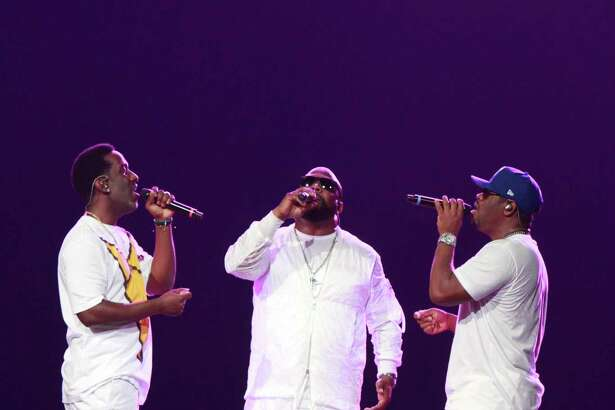 Boyz II Men performs with the Houston Symphony on Friday.