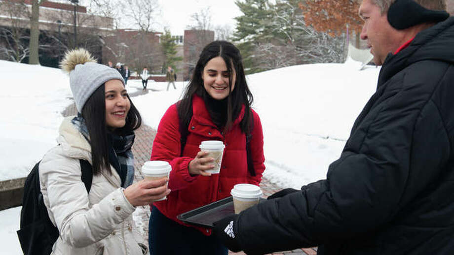 SIUE students receive free hot chocolate and kind greetings from faculty, staff and administrators on the first day of the Spring 2019 semester. Photo: For The Telegraph