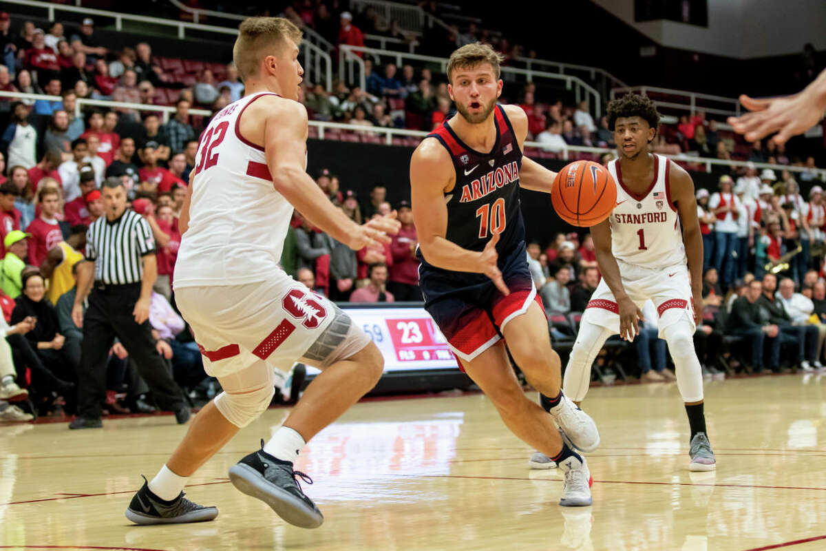 2. Arizona Wildcats (13-4, 4-0 Pac-12) Like the Huskies, the Wildcats didn't do anything to compromise their standing last week. Arizona handled Stanford and pummeled Cal by 22. They'll get the Oregon schools this week.