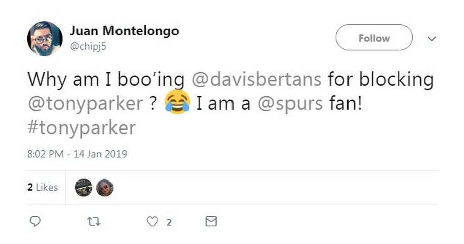 "@chipj5: ""Why am I boo'ing @davisbertans for blocking @tonyparker ? I am a @spurs fan! #tonyparker"" Photo: Twitter Screengrab"