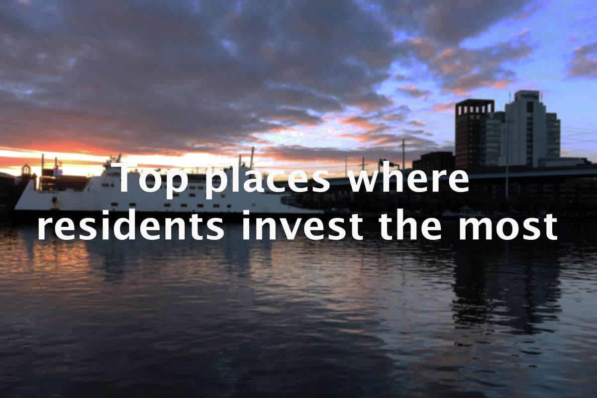 SmartAsset has recently released a report on the top metro areas in the country with residents that invest the most. Making the list is the Bridgeport-Norwalk-Stamford metro area, which was only one of two areas to receive a perfect score. >> Click through to see which metro areas made the list.