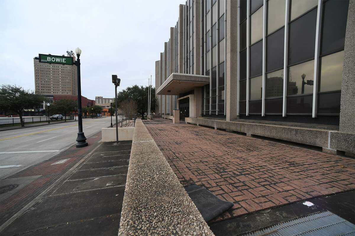 The City of Beaumont voted Tuesday in favor of biding on the auctioning of AT&T's Main Street building in downtown. Around 20 people attending the meeting spoke against the purchase siting a variety of reasons. Photo taken Tuesday, 1/15/19