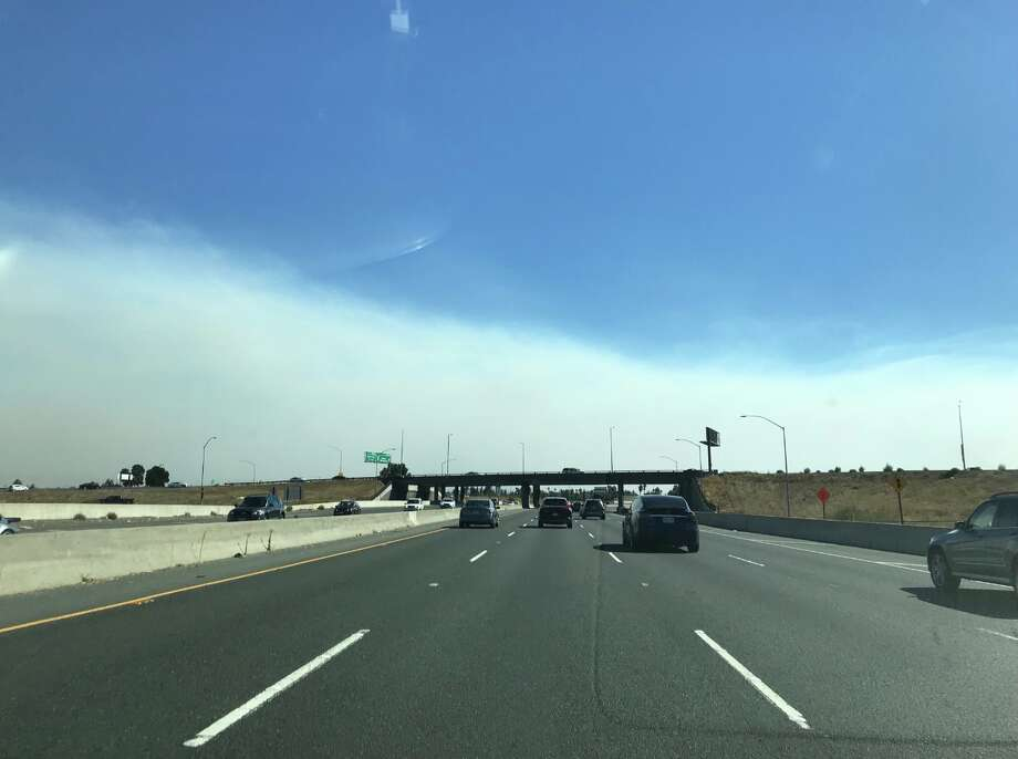 Thick smoke from the Solano Fires obscures Mt. Diablo from 680 parkway on Sunday, Oct. 7, 2018.  Portray: Jill Tucker / San Francisco Yarn